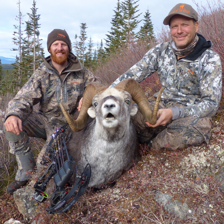british-columbia-outfitter-sheep-hunting-dustin-roe006